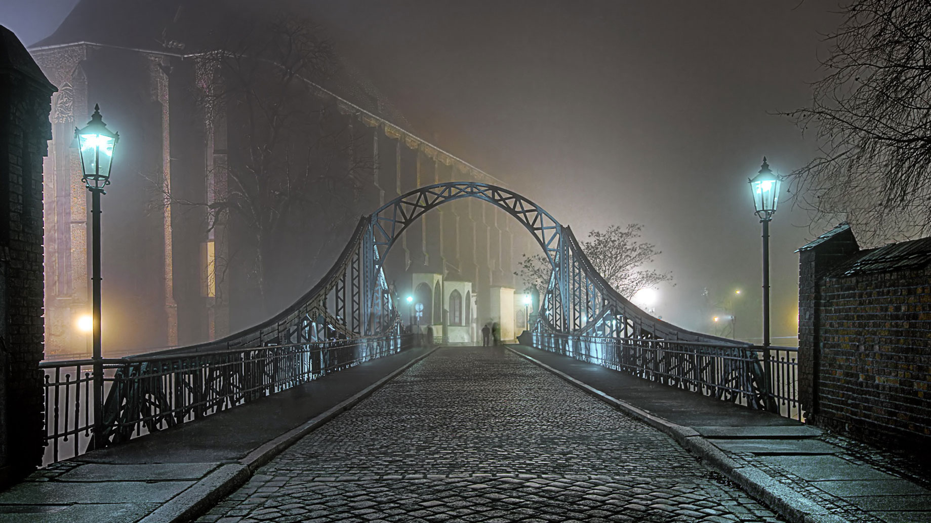 Miasto stu mostów