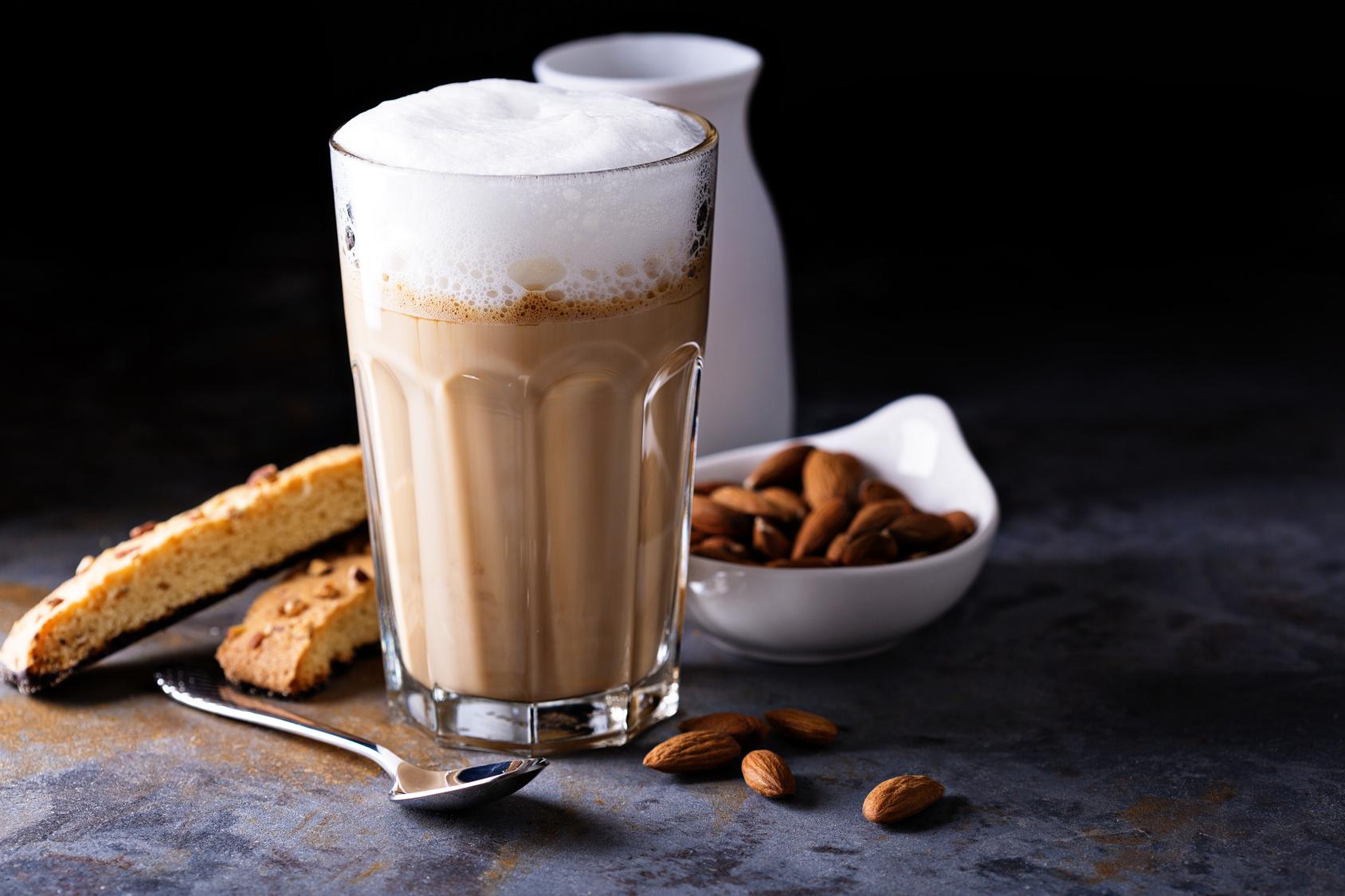 Migdałowe latte